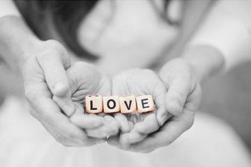 love_hands